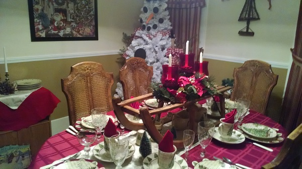 kleerview farm christmas house dining room