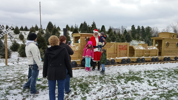 santa with train kleerview farm